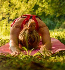 yoga nel parco
